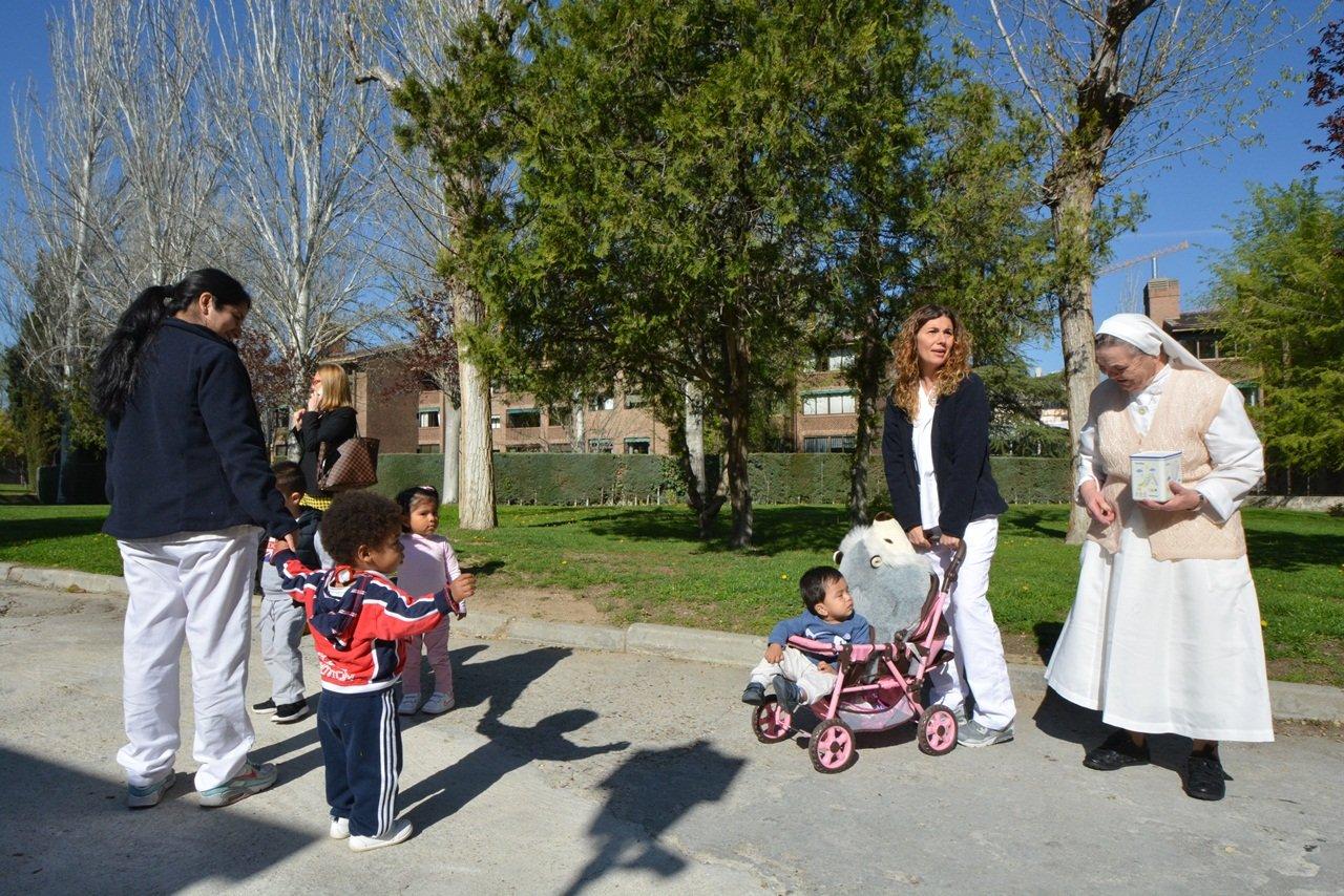 Niños en la Residencia de la Hermana Josefa.web